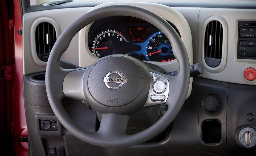 2010 Nissan Cube S - Slide 24