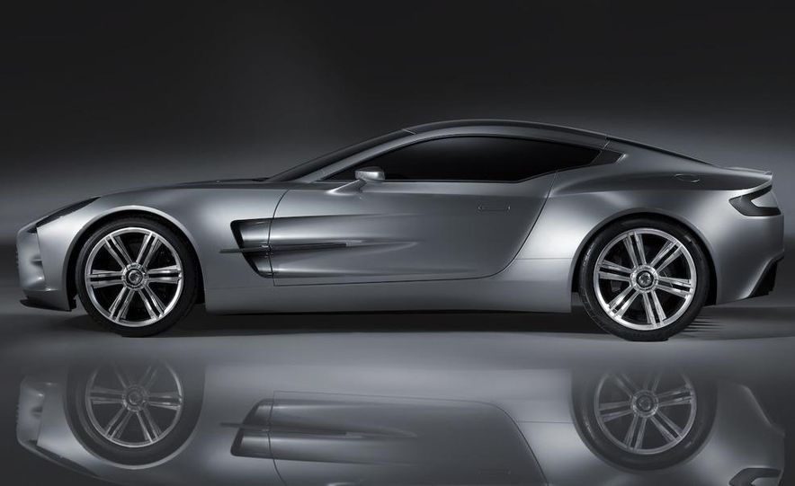 2010 Aston Martin One-77 - Slide 6