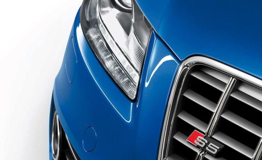 2010 Audi S5 cabriolet fender badge - Slide 13