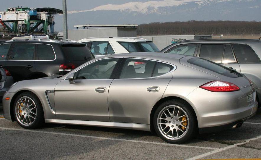 2010 Porsche Panamera Turbo - Slide 44