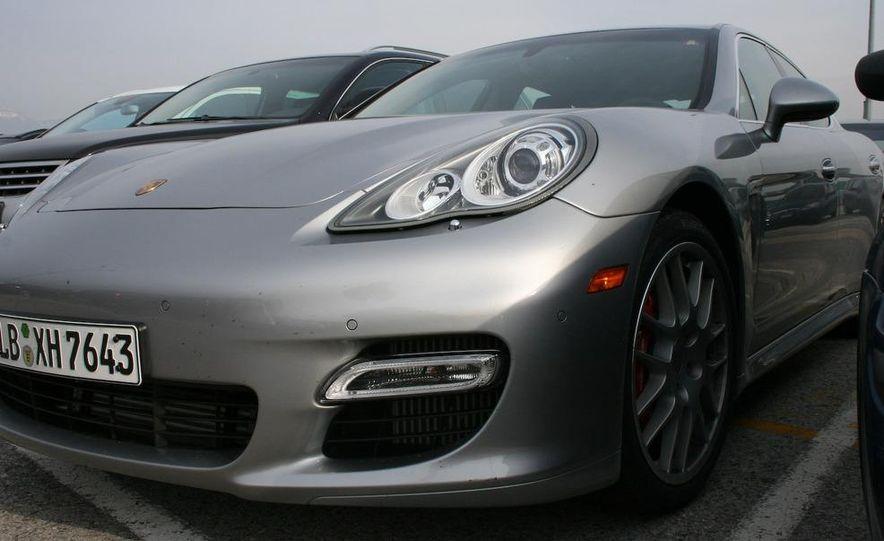 2010 Porsche Panamera Turbo - Slide 42