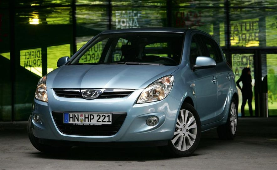 2009 Hyundai i20 5-door - Slide 1