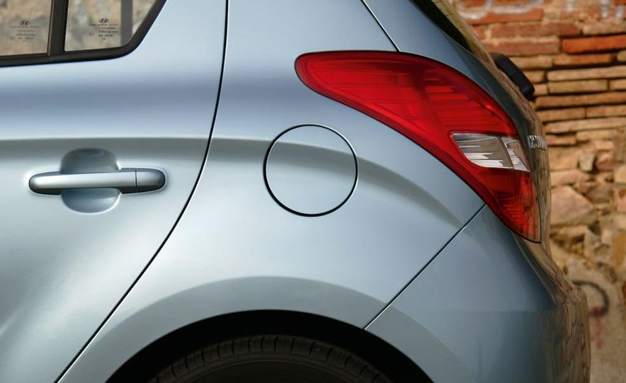 2009 Hyundai i20 5-door - Slide 6