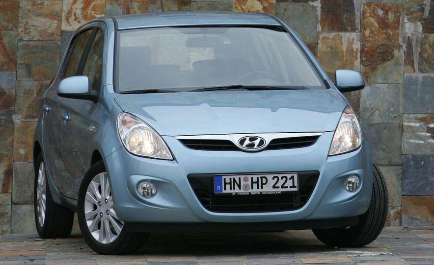 2009 Hyundai i20 5-door - Slide 17