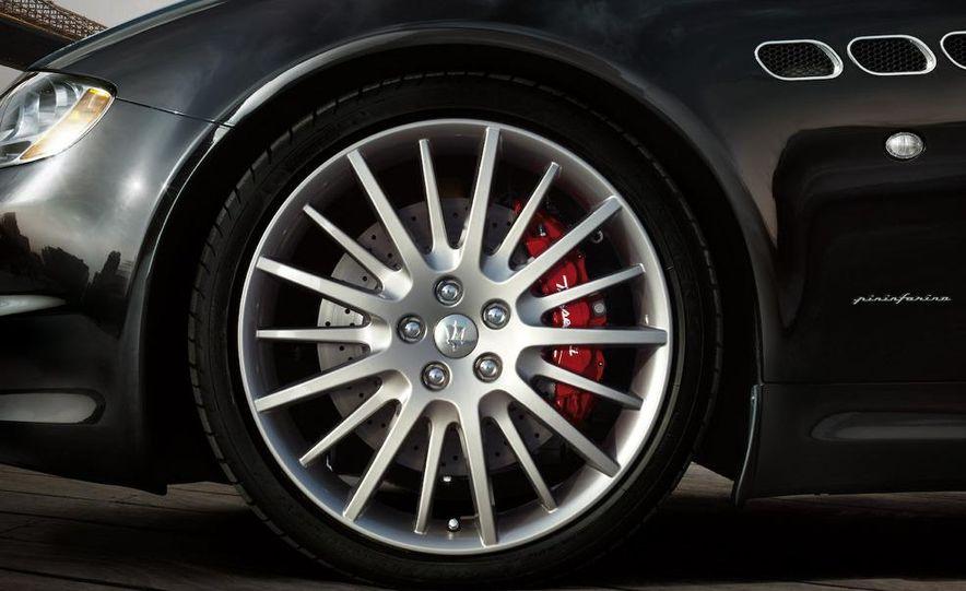 2009 Maserati Quattroporte Sport GT S - Slide 11