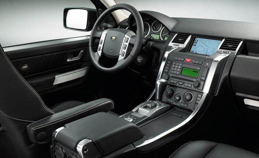 Land Rover Compact Range Rover concept (artist's rendering) - Slide 14