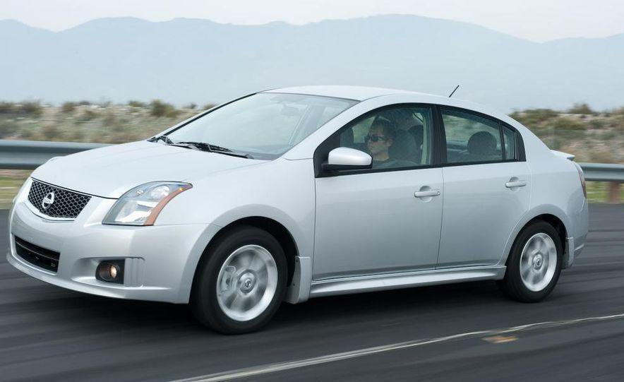 2009 Nissan Sentra FE+ 2.0 SR - Slide 22