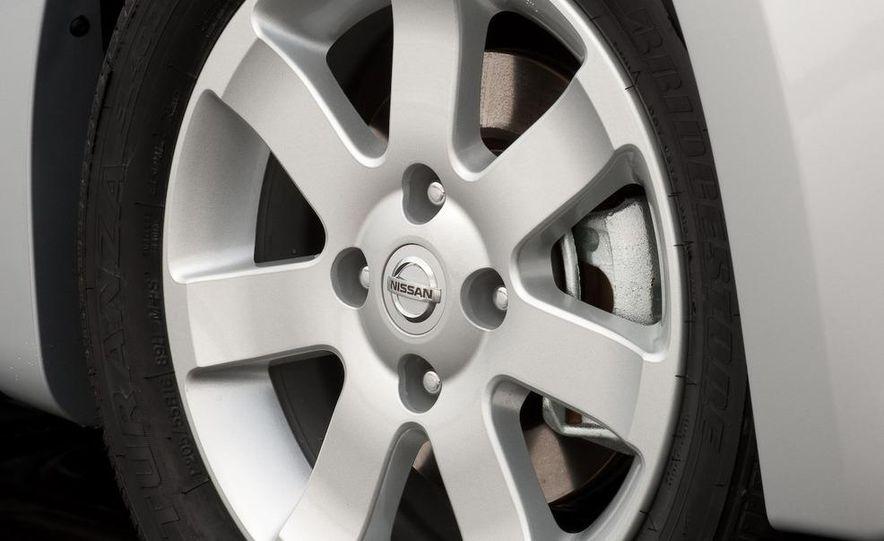 2009 Nissan Sentra FE+ 2.0 SR - Slide 20