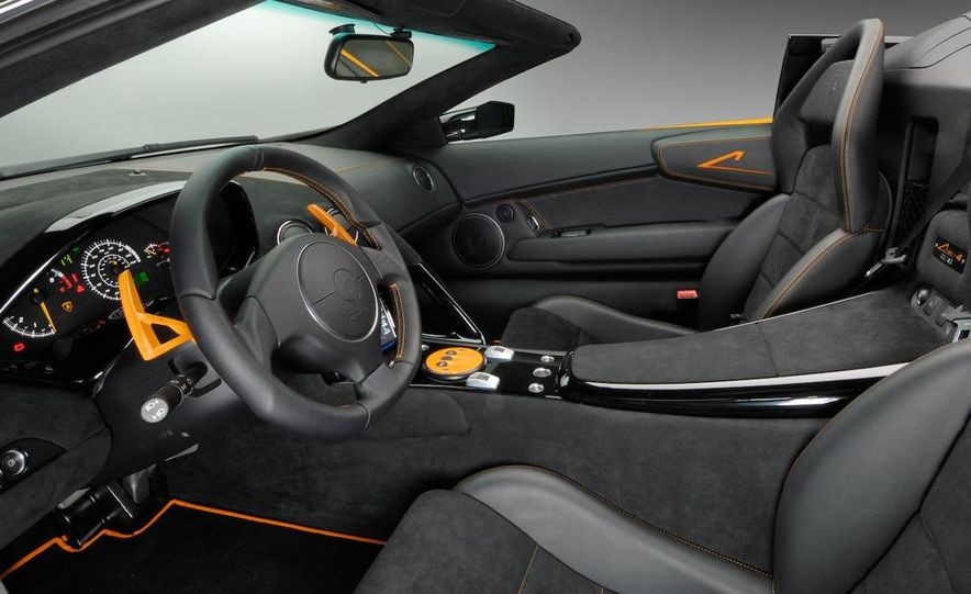 2010 Lamborghini Murciélago LP650-4 roadster - Slide 3