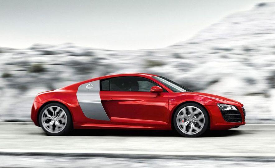 2010 Audi R8 5.2 V-10 FSI Quattro - Slide 1