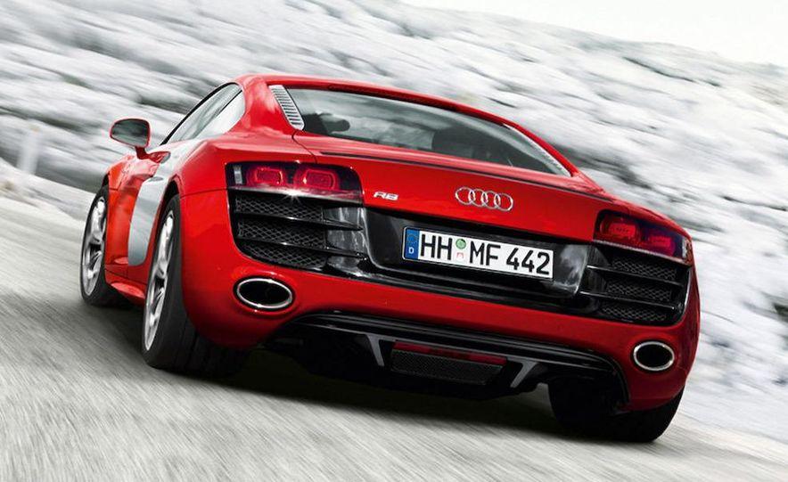 2010 Audi R8 5.2 V-10 FSI Quattro - Slide 4
