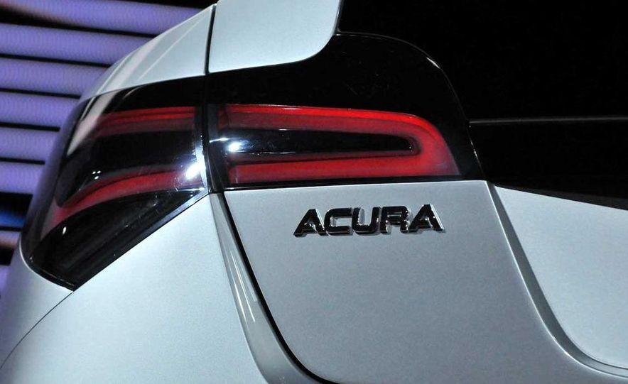 2010 Acura ZDX - Slide 17
