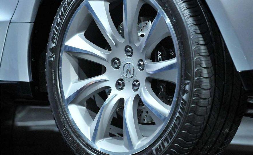 2010 Acura ZDX - Slide 19