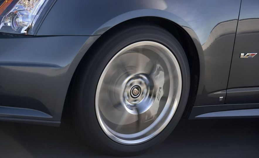 2009 Cadillac CTS - Slide 33