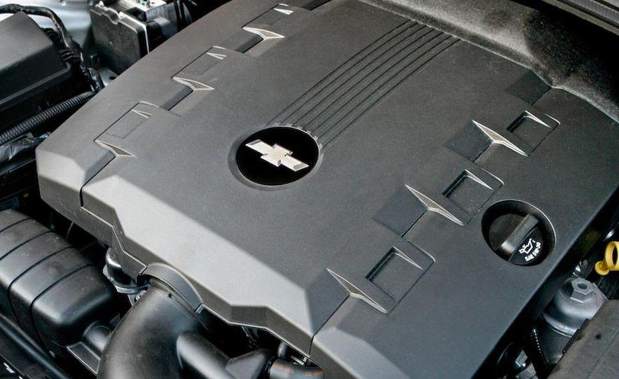 2010 Chevrolet Camaro SS wheel and fender badge - Slide 11