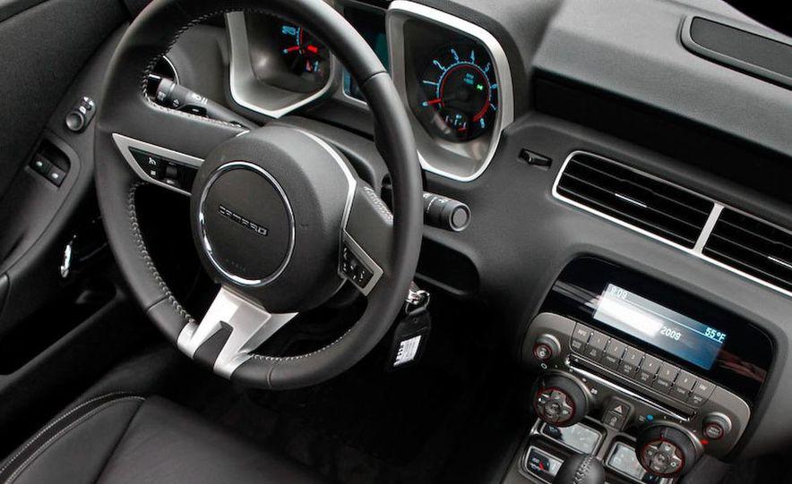 2010 Chevrolet Camaro SS wheel and fender badge - Slide 53