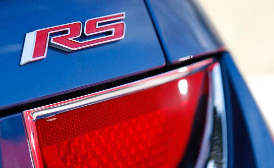2010 Chevrolet Camaro SS wheel and fender badge - Slide 3
