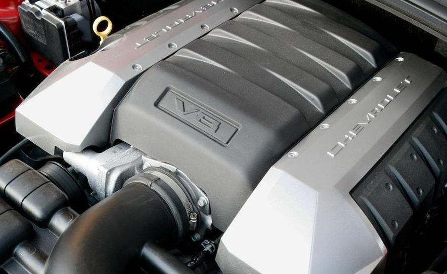2010 Chevrolet Camaro SS wheel and fender badge - Slide 10