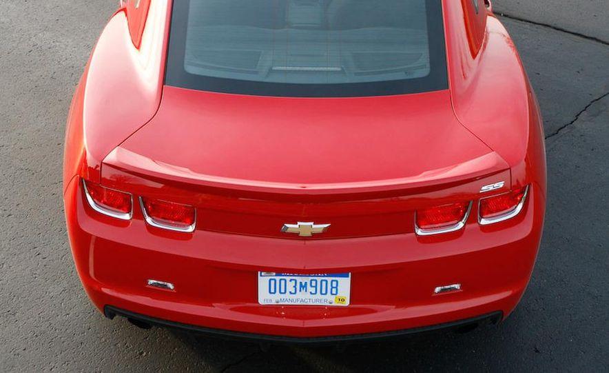 2010 Chevrolet Camaro SS wheel and fender badge - Slide 35