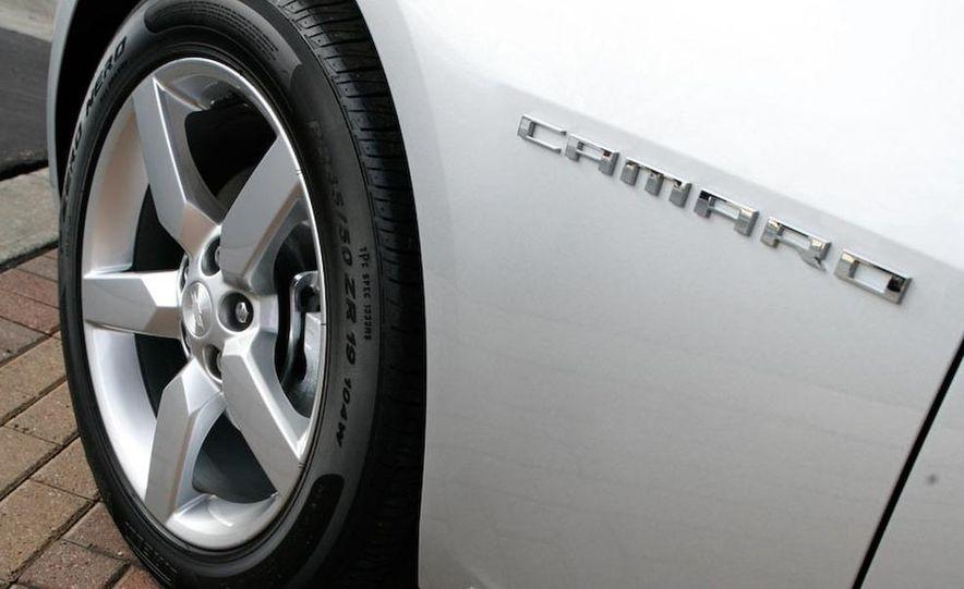 2010 Chevrolet Camaro SS wheel and fender badge - Slide 1