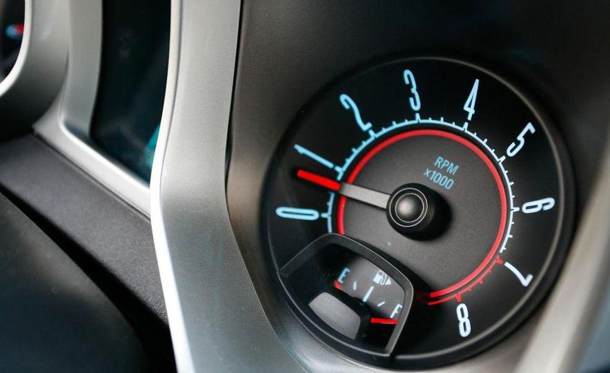 2010 Chevrolet Camaro SS wheel and fender badge - Slide 21