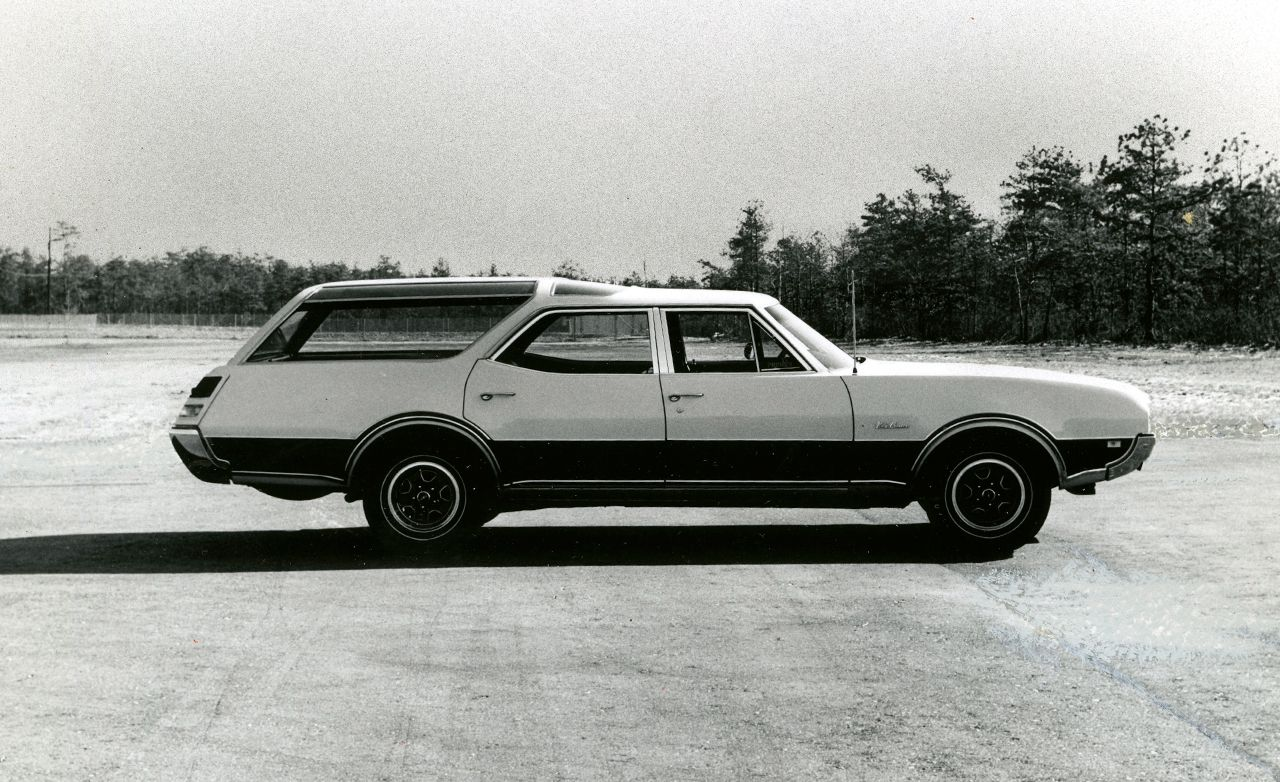 Oldsmobile Vista Cruiser 455 Road Test Archived Review