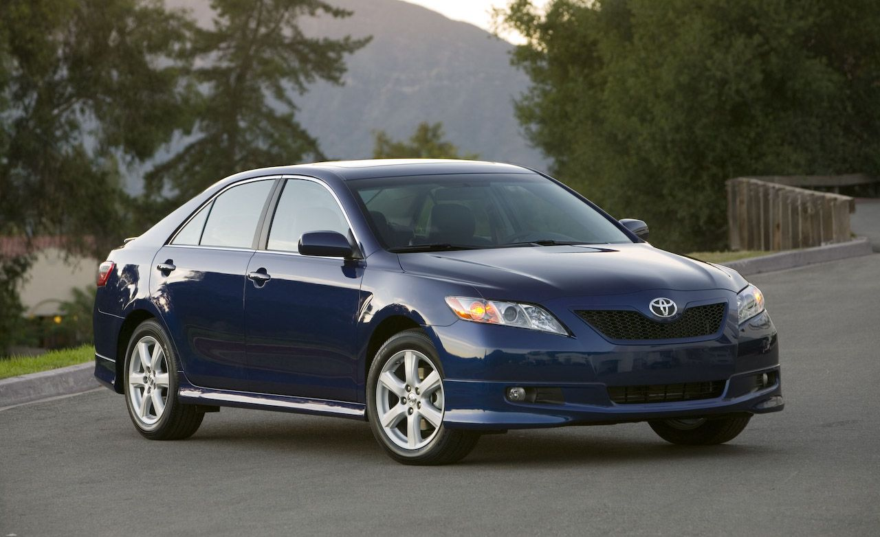 2008 Toyota Camry and Camry Hybrid