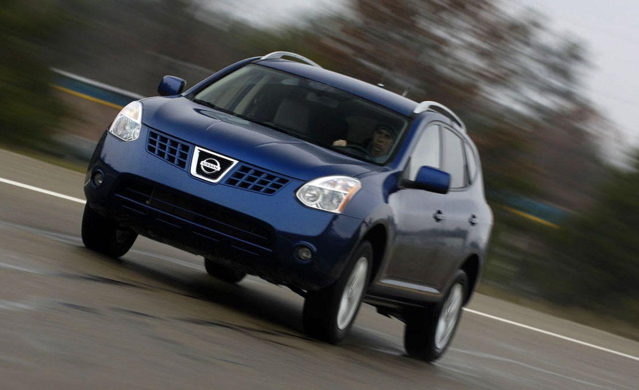 Nissan rogue reviews nissan rogue price photos and specs car 2009 nissan rogue vanachro Choice Image
