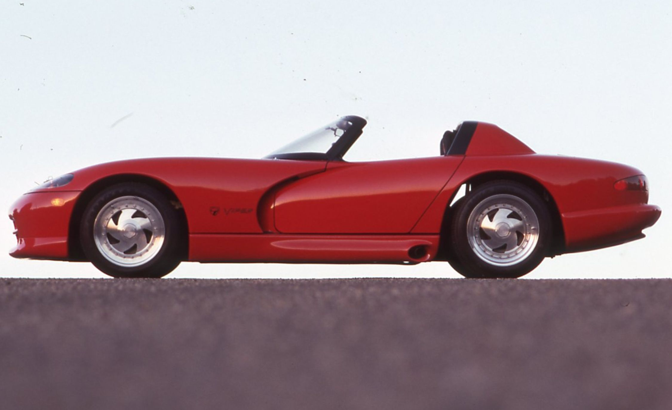 From the Archives: Our Original 1990 First Look at the Dodge Viper!