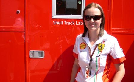Mark Gillies Talks to Shell's Technology Manager Lisa Lilley About Formula1 Racing Fuel