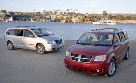 2008 chrysler town country and dodge grand caravan launch production. Black Bedroom Furniture Sets. Home Design Ideas