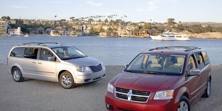 2008 Chrysler Town Country And Dodge Grand Caravan Launch Production