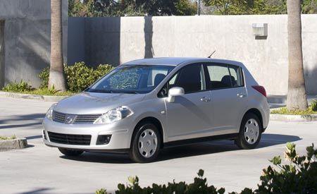 Chrysler-Badged Nissan Versas
