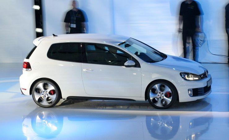 2010 Volkswagen Golf / Rabbit GTI – Official Photos and Info