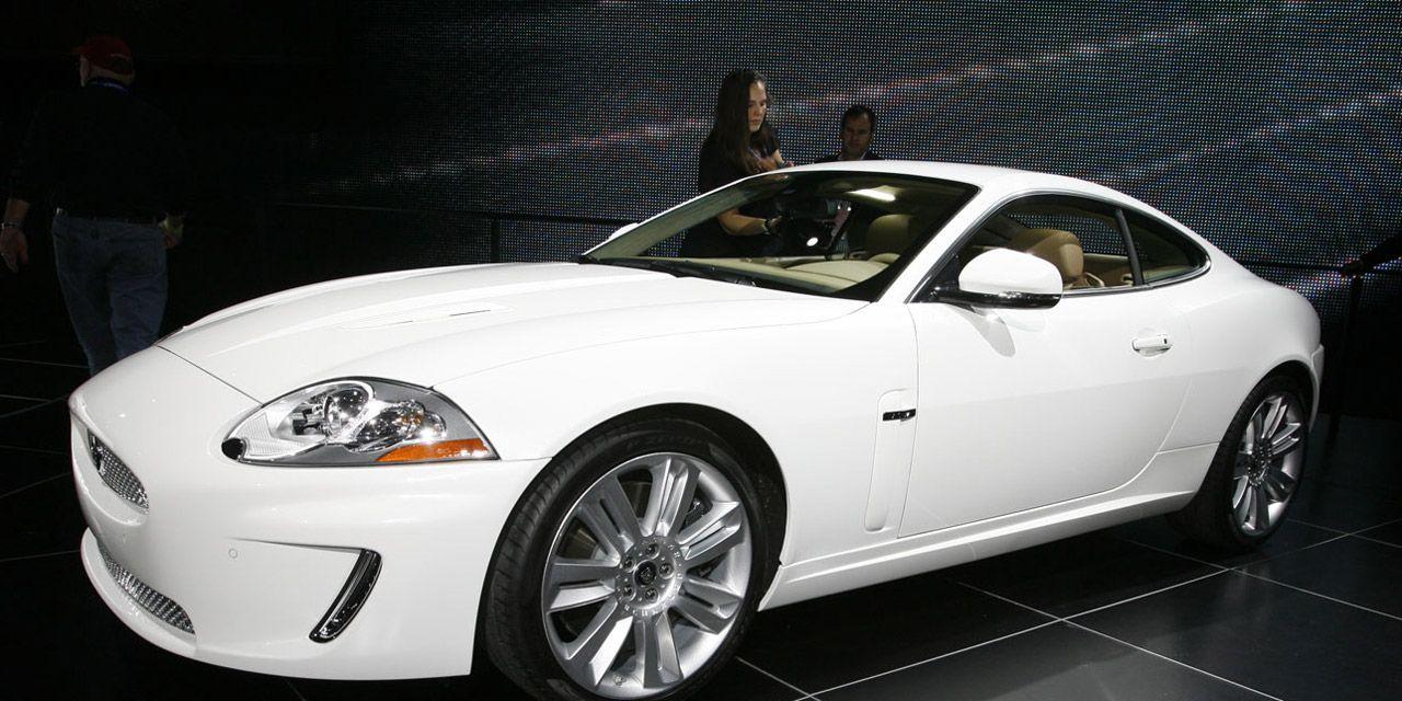 2010 jaguar xk xkr coupe and convertible photo 251729 s original - 2010 Jaguar Xkr Coup