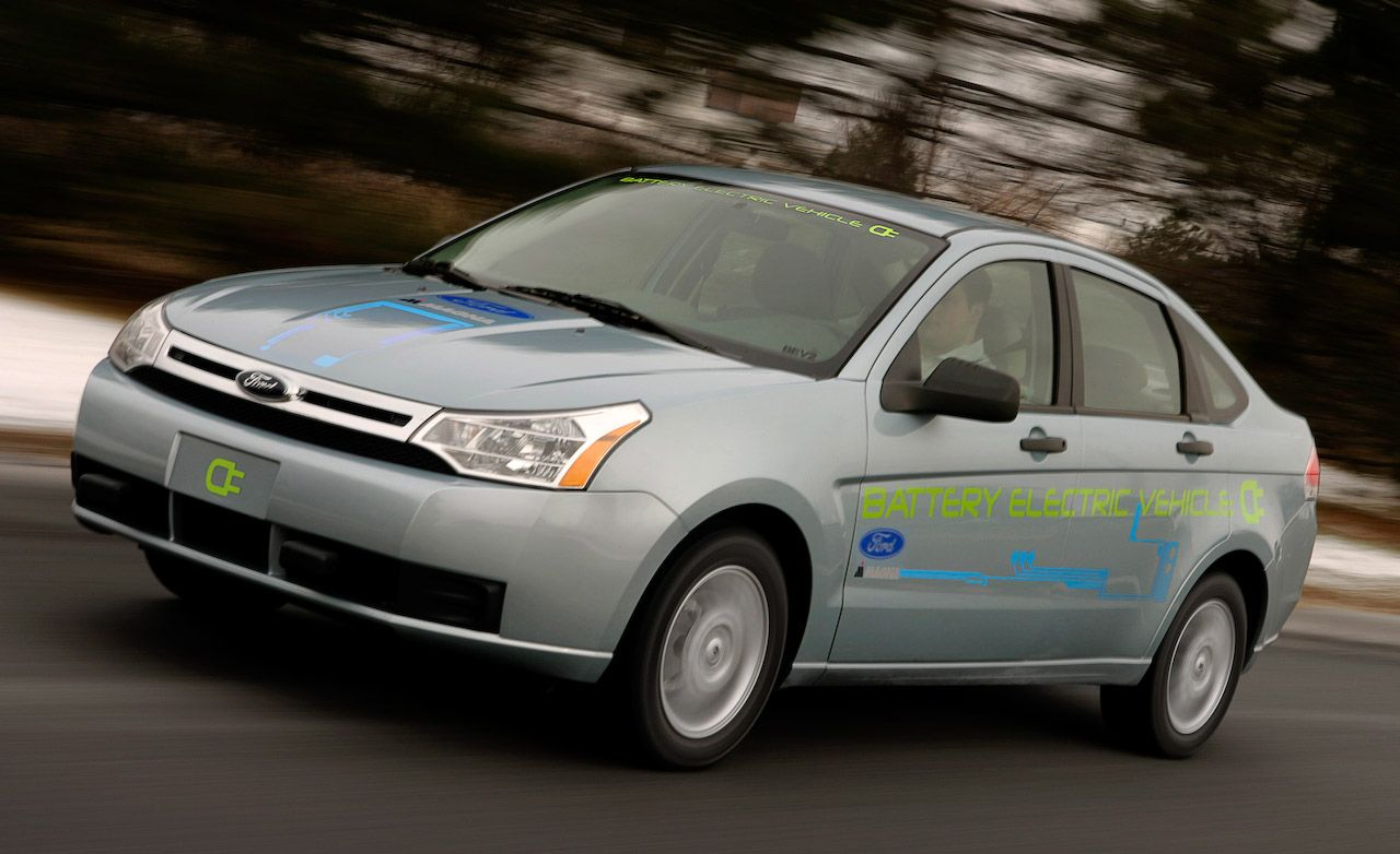 ford focus reviews | ford focus price, photos, and specs | car and driver