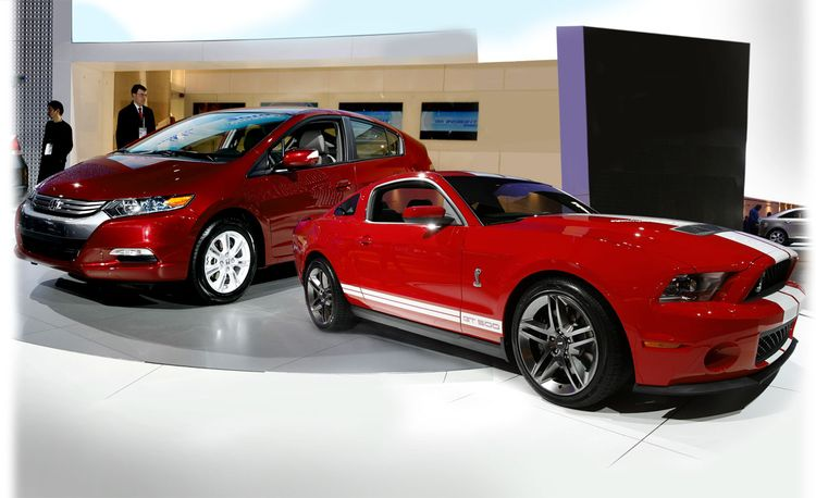 Top 10 Greenies and Top 5 Meanies from the 2009 Detroit Auto Show
