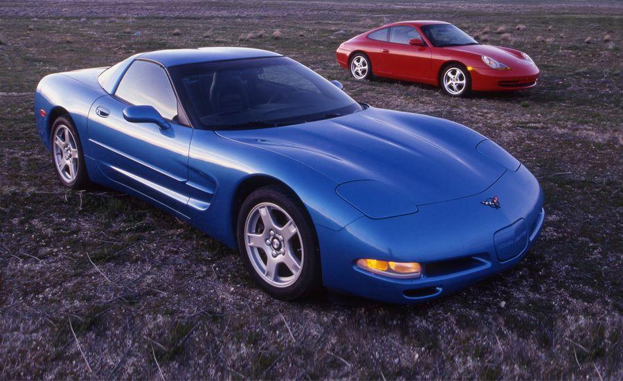 1999 Porsche 911 Carrera vs. 1999 Chevrolet Corvette