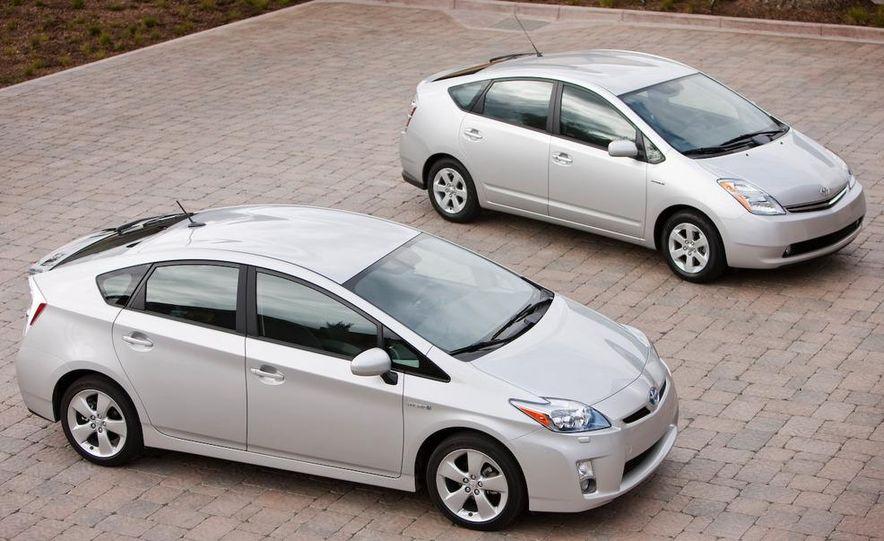 2010 Toyota Prius - Slide 4