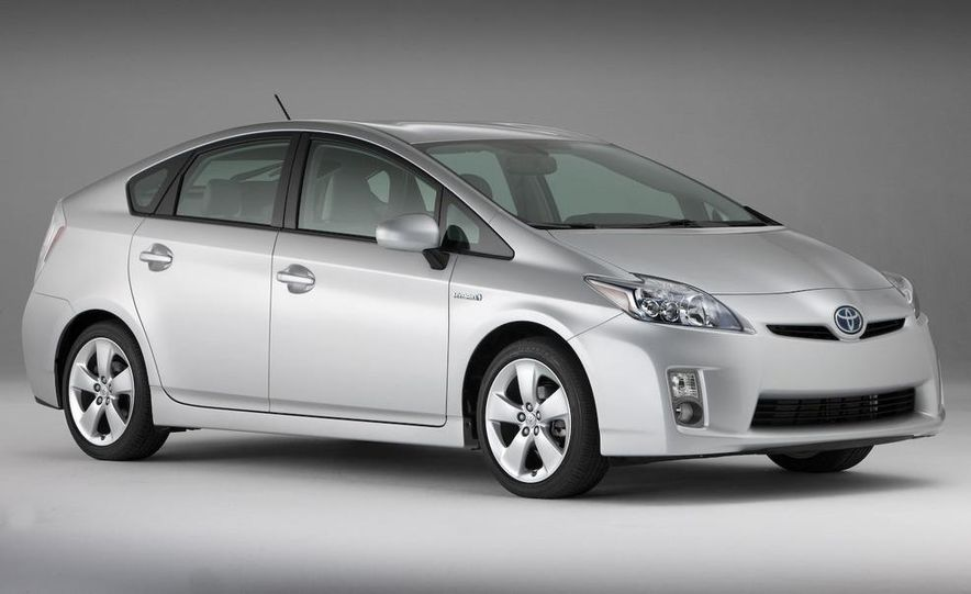 2010 Toyota Prius - Slide 24