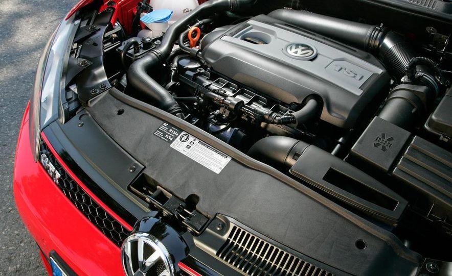2010 Volkswagen GTI 5-door - Slide 21