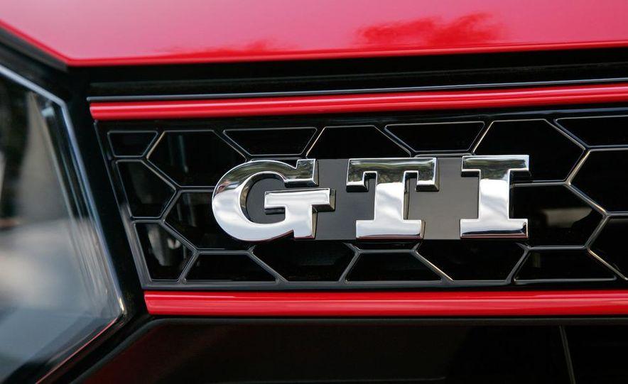 2010 Volkswagen GTI 5-door - Slide 19