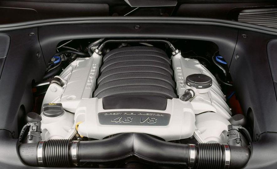 2010 Porsche Cayenne GTS Design Edition 3 - Slide 31