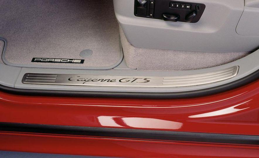 2010 Porsche Cayenne GTS Design Edition 3 - Slide 37