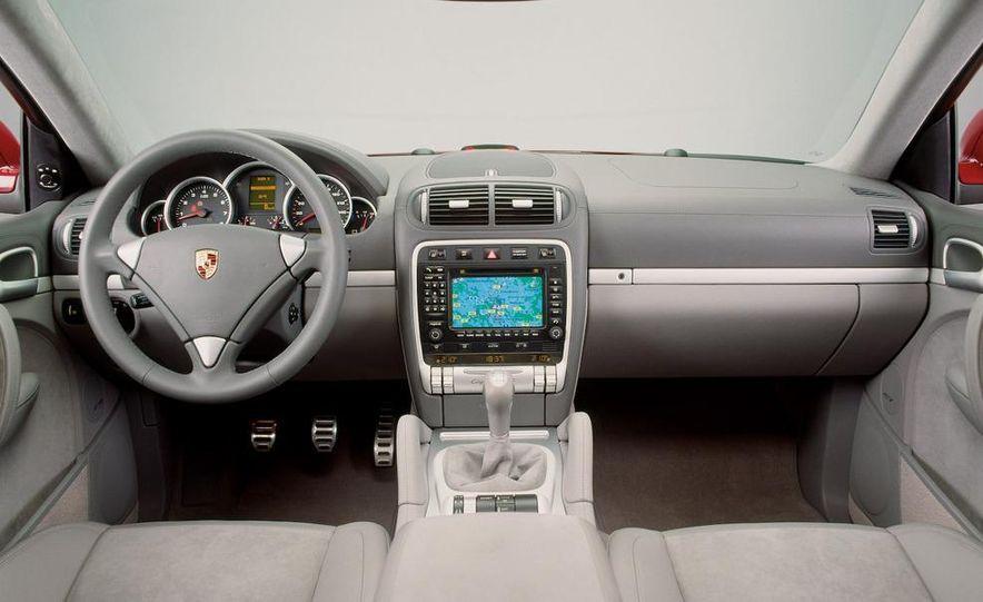 2010 Porsche Cayenne GTS Design Edition 3 - Slide 33