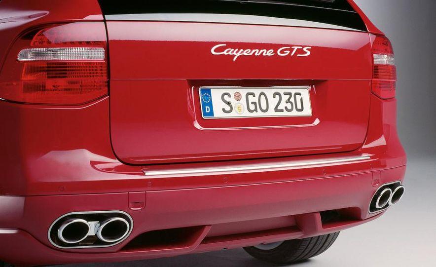 2010 Porsche Cayenne GTS Design Edition 3 - Slide 28