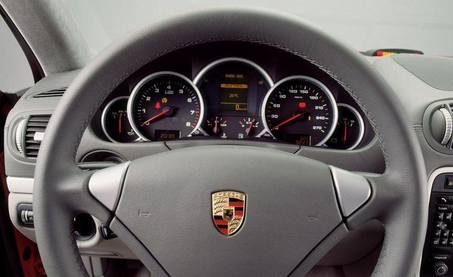 2010 Porsche Cayenne GTS Design Edition 3 - Slide 35