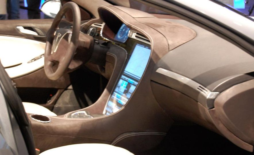 2012 Tesla Model S - Slide 14