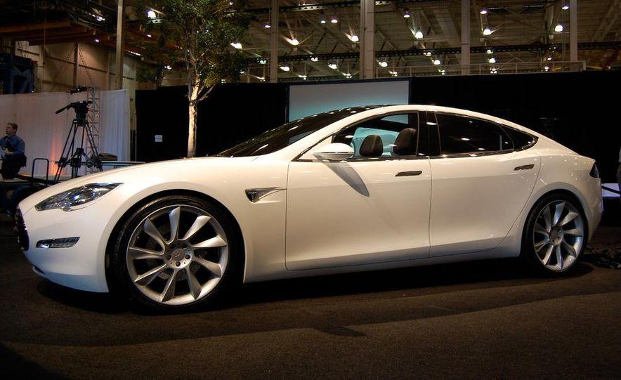 2012 Tesla Model S - Slide 10