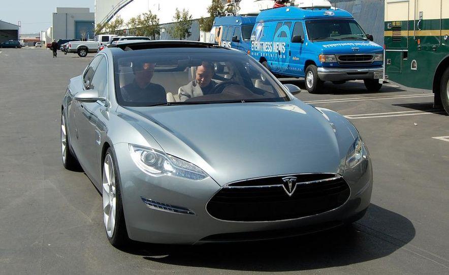2012 Tesla Model S - Slide 1